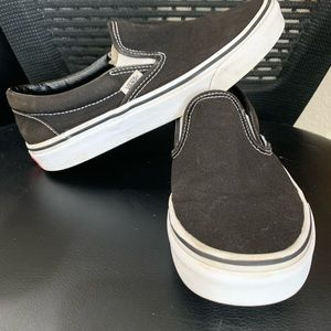Black Slip on Vans awesome condition core classics